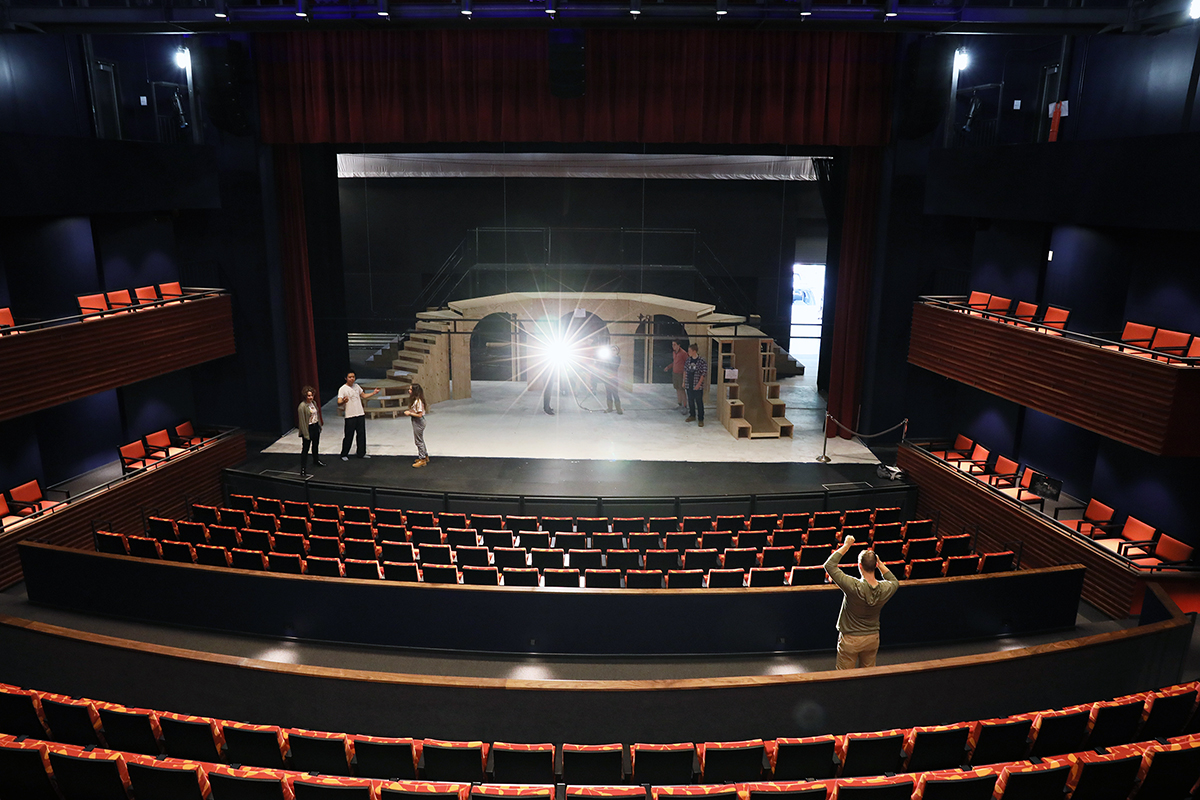 Mainstage of The Goel Center for Theater and Dance.