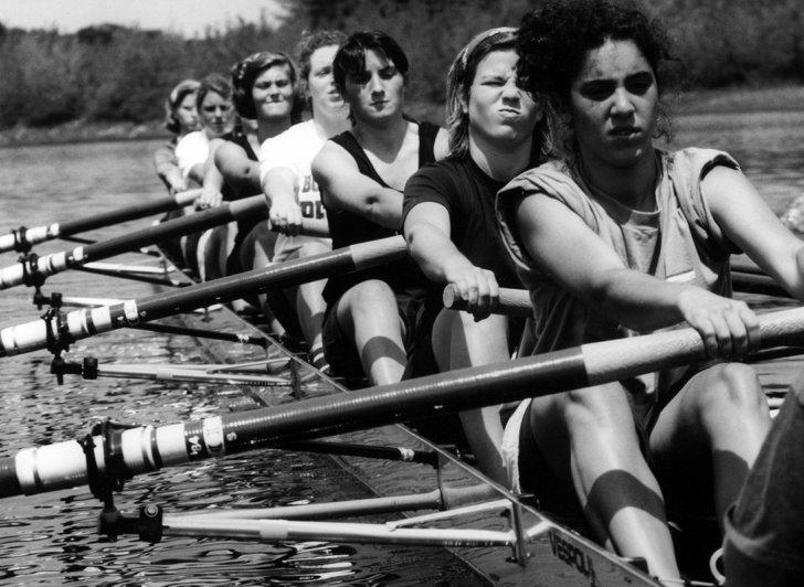 Girls rowing crew