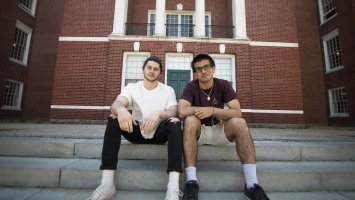 Bobby Murray '18 and Kenny Pich '18 met in the training room at Love Gym last fall, quickly discovering a shared love for creating music.