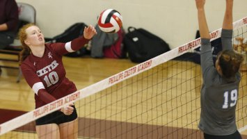 Phillips Exeter Academy Volleybal Mia Glinn