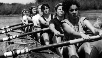 Girls rowing crew
