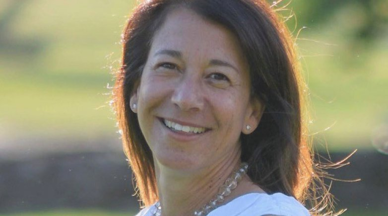 Nikki Gold Manderlink