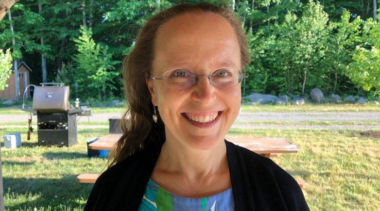Louise Kandle