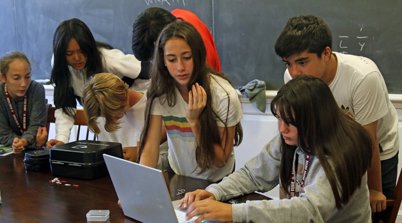 Exeter Summer students work on projects in Detective Fiction class.