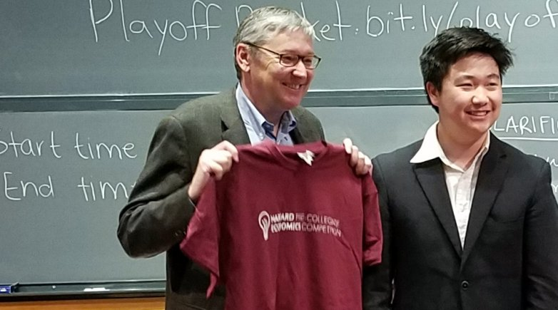 Gregory Mankiw, Professor of Economics at Harvard University, with James Lin '18.
