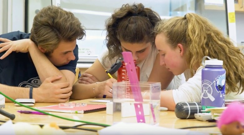 Physics class at Exeter.